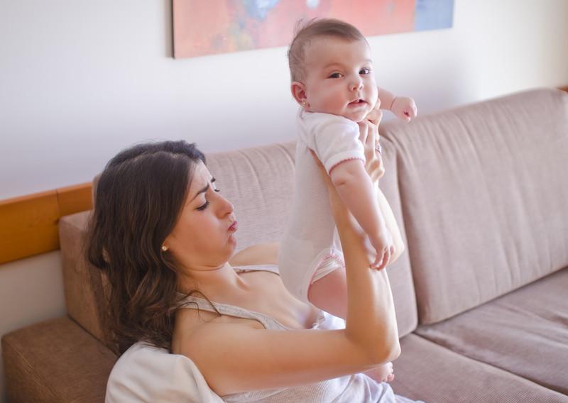 breastfeeding vs small feeding pests