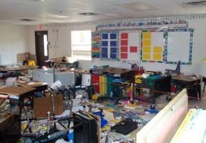 Student Destroying School Property In Florida