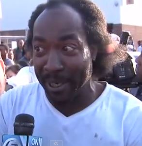 Charles Ramsey explains how he rescued imprisoned woman, believed to have been held in captivity for more than 10 years. Screen shot via You Tube.