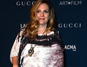 Drew Barrymore pregnant with baby number 2. Screen shot via Hollywood Scoop.