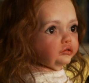 Hello mummy Bella. I'm your fake baby. Photo via Summit Entertainment.